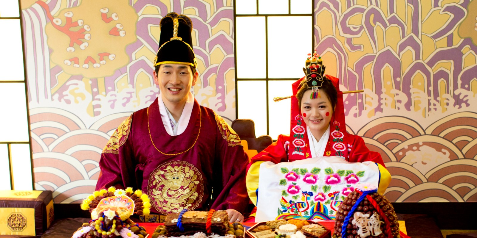 people in hong kong emphasize wedding customs and traditions Old established people in hong kong emphasize wedding customs and traditions sources arms.